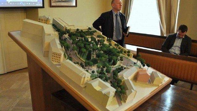 Міжнародні експерти розкритикували проект облаштування скверу на площі Св. Юра у Львові