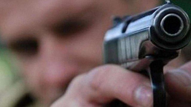Голосування за петицію про вільне володіння зброєю перевірять в Адміністрації президента