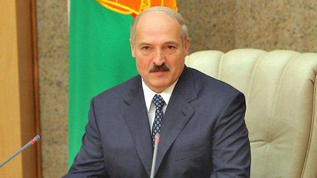Лукашенко подав документи на участь у виборах президента Білорусі