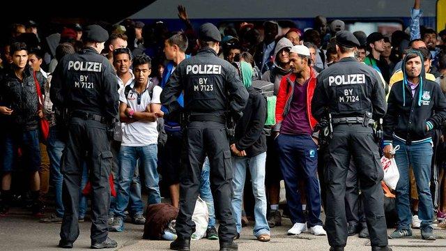 Німеччина виділить 6 млрд євро на утримання біженців у 2016 році