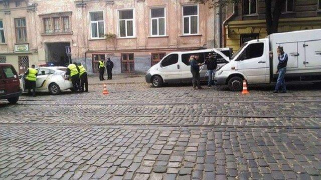 У Львові в ДТП потрапив патрульний автомобіль