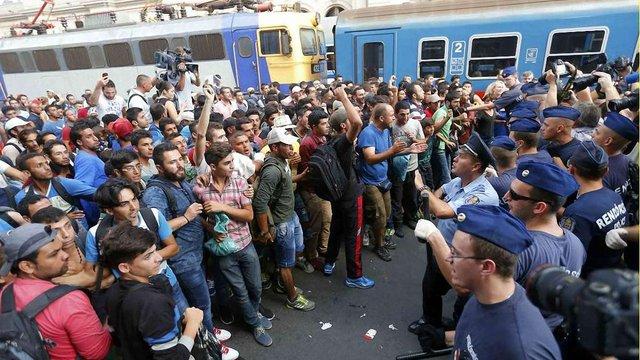 Угорщина проводить військові навчання для захисту від мігрантів