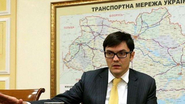 Чиста білизна в українських поїздах з'явиться через півроку, - міністр інфраструктури