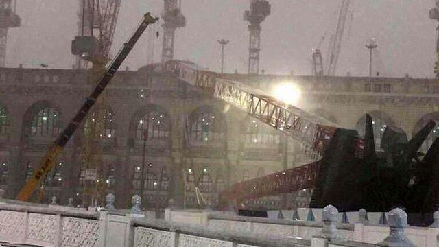 Десятки паломників загинули при падінні крана на мечеть у Мецці