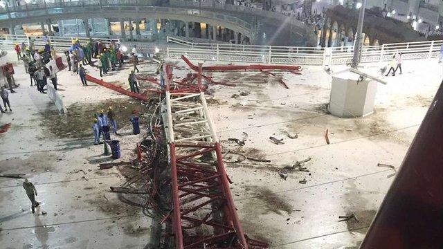 Кількість жертв в результаті падіння крану у Мецці зросла до 107 осіб