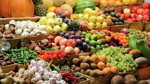 Імпортозаміщення овочів коштуватиме Росії 300 млрд рублів, яких бракує через кризу – експерт