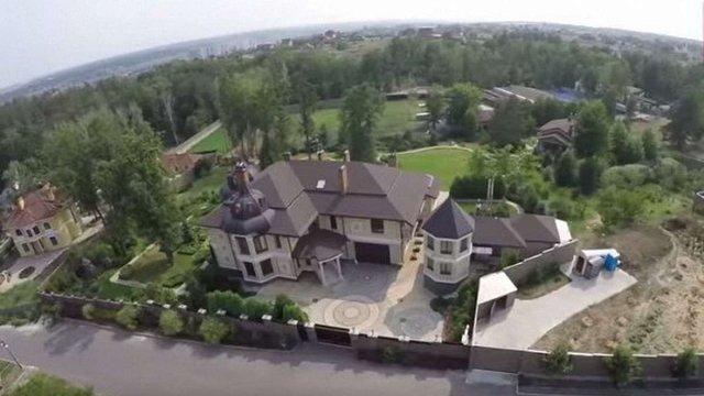 Екс-голова «Укравтодору» облаштував розкішний маєток на кількох гектарах під Києвом