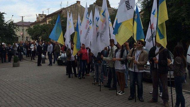 Тернопільські активісти домагаються суду над заступником мера