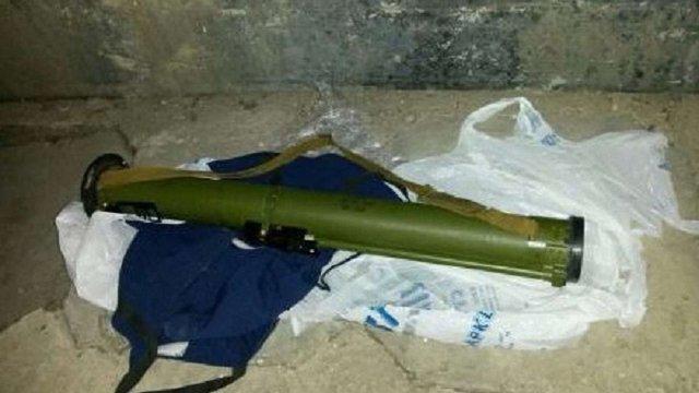 На маршруті кортежу Яценюка та голови уряду Польщі виявили бойовий гранатомет
