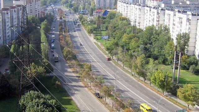 У Києві «автоперегони» на проспекті Правди закінчилися стріляниною