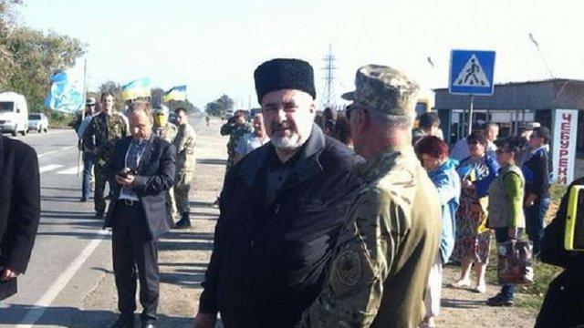 Кримські татари і громадські активісти готуються до блокади Криму