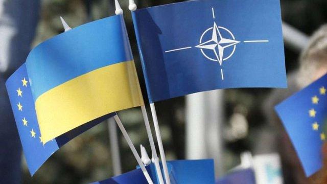 Україна і НАТО підписали угоди для започаткування трастових фондів