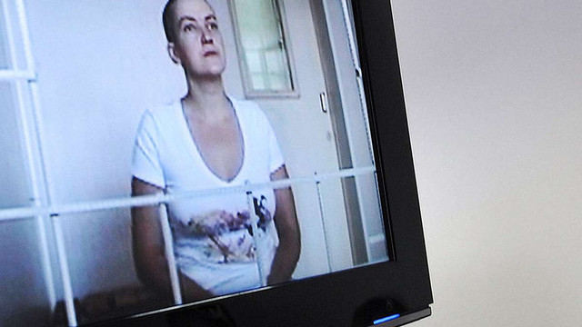 У російському Донецьку триває «відкритий» суд над Савченко, на який не пустили журналістів
