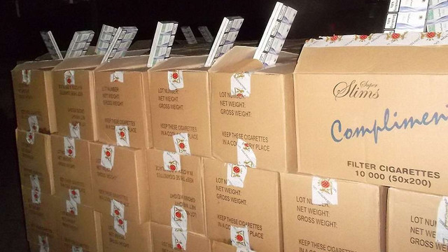 На Закарпатті затримали завантажений сигаретами  «Урал»