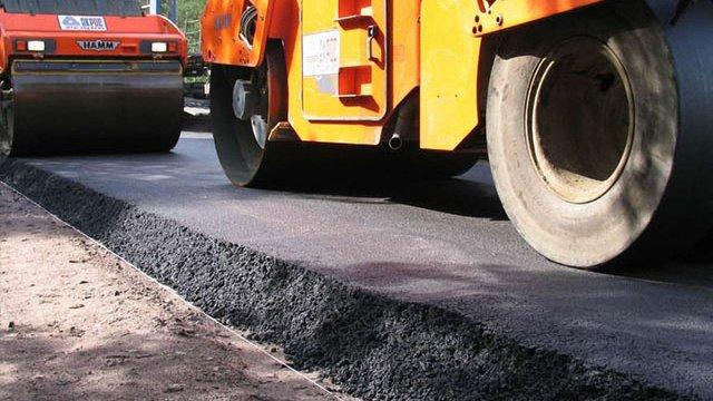 На ремонт доріг у напрямку Карпат планують виділити €100 млн