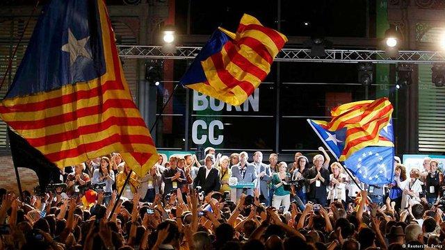 Сепаратисти перемогли на місцевих виборах в Каталонії