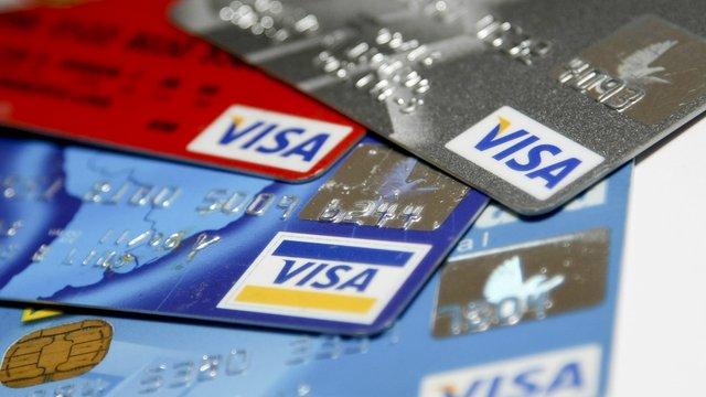 Visa з жовтня не обслуговуватиме картки російських банків