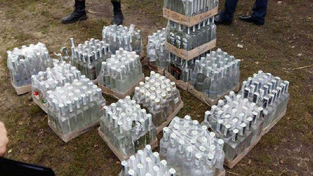 На Львівщині викрили виробництво фальсифікованої горілки