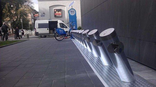 У Львові встановили перші станції муніципального велопрокату