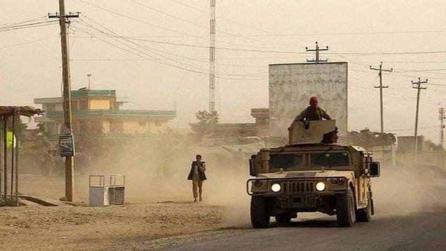 Афганські урядові війська намагаються відбити у талібів місто Кундуз