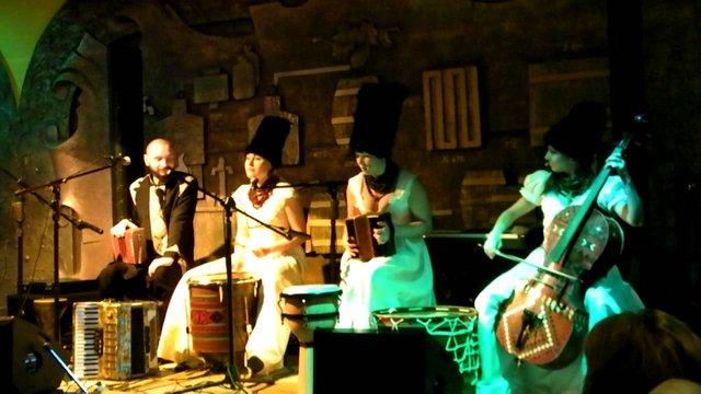 Український етногурт «ДахаБраха» виступив в ефірі музичного шоу на BBC