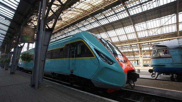 Залізниця назвала дату запуску нового швидкісного поїзда Львів-Чернівці