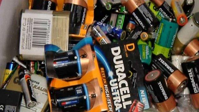 У Львові ще у трьох місцях можна здавати використані батарейки