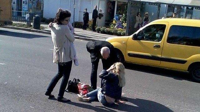 У Львові водій збив жінку з дитиною на пішохідному переході