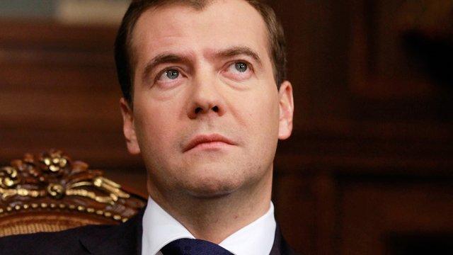 Медведєв заявив, що Росія бомбить Сирію, щоб захистити себе