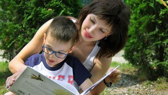 Шестирічний харків'янин прочитав понад 500 книг і знає всі столиці світу