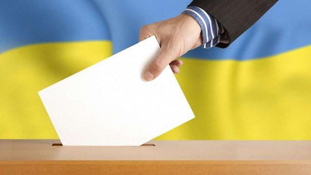 Через війну на Донбасі Порошенко наполягає на змінах до закону про місцеві вибори