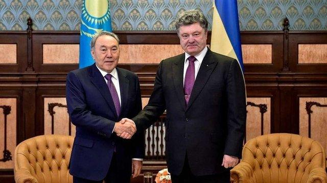 Порошенко зустрінеться з президентом Казахстану 8-9 жовтня