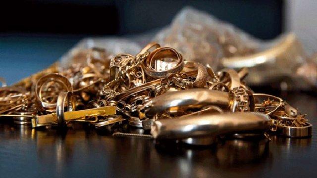 Власником загубленої барсетки із золотом виявився 24-річний львів'янин