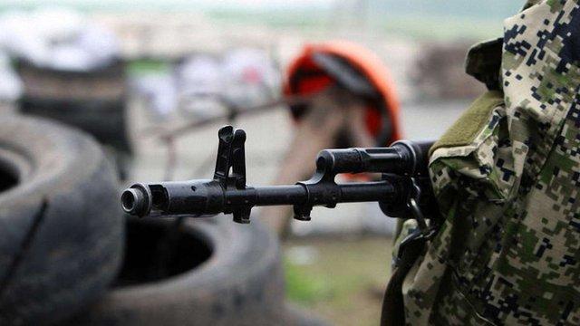 Терористи порушили режим тиші, поранено чотирьох українських військових