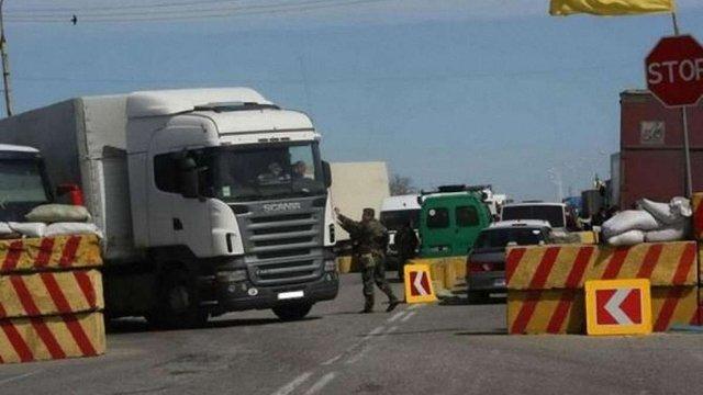 Міліція отримала 20 заяв про порушення прав громадян учасниками блокади Криму