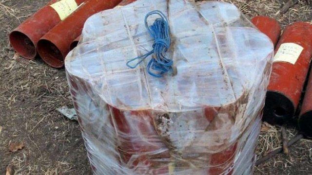 У Мар'їнці на Донеччині виявили схрон з вибухівкою