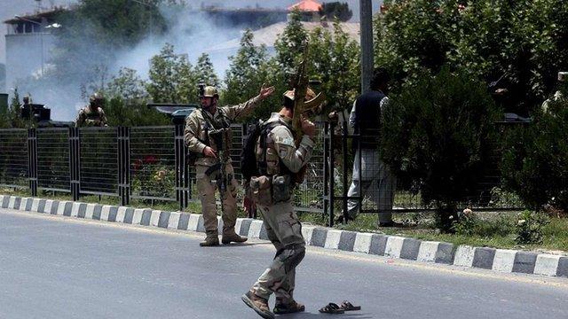 У столиці Афганістану смертник напав на військову колону міжнародної коаліції