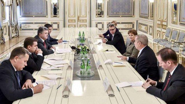 Порошенко прокоментував намір бойовиків перенести псевдовибори на Донбасі