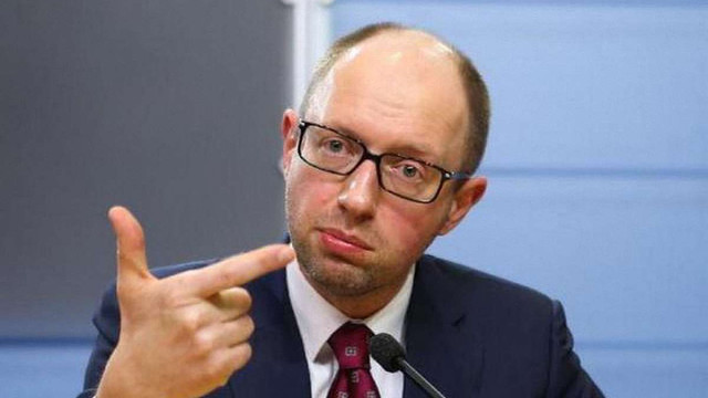 Адвокат оприлюднив подробиці справи про «участь» Яценюка в чеченській війні