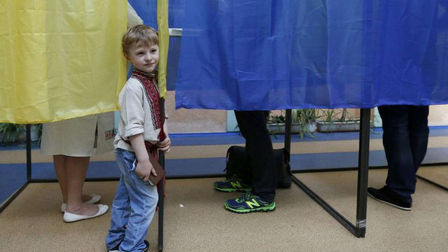 Близько 75% громадян готові голосувати на місцевих виборах, – опитування