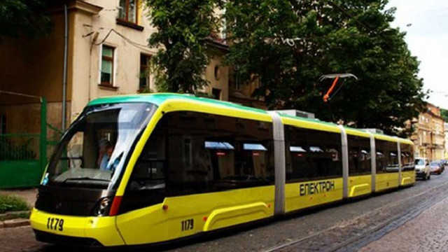 У Львові відновив рух трамвай №9