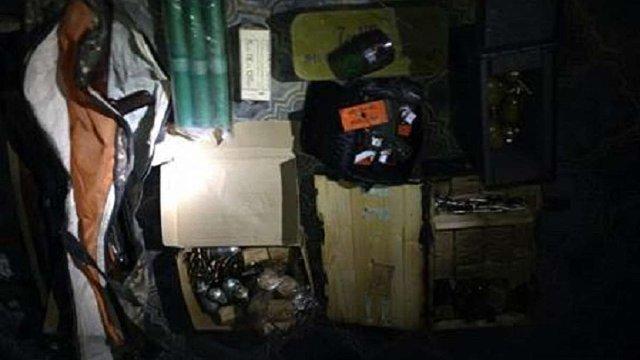 СБУ знешкодила три схованки зі зброєю в зоні АТО