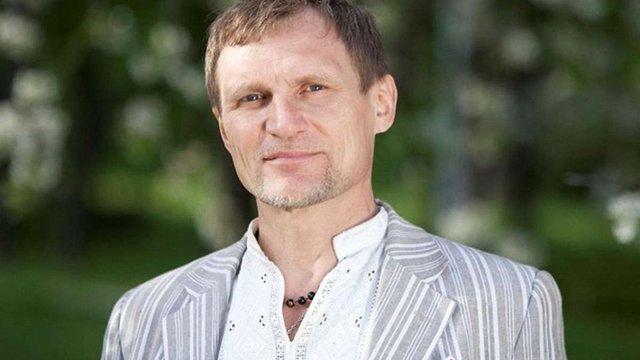 Олег Скрипка подарував реанімобіль полку «Дніпро-1»