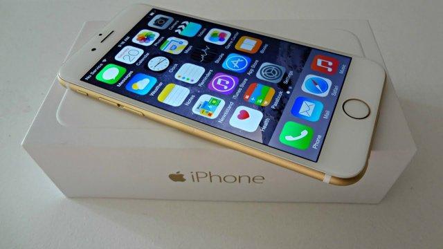 Стали відомі ціни на офіційні нові iPhone в Україні