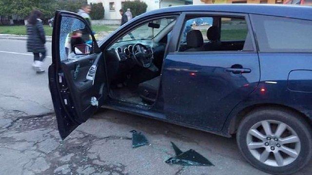 У Рясне-1 з автомобіля львів`янки вкрали 75 тис. грн