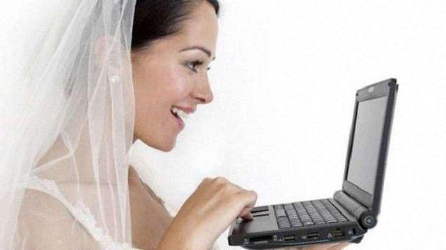 У Львові лише одна пара із 40 охочих змогла оформити шлюб онлайн