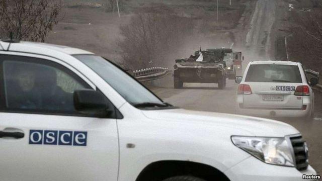 Спостерігачі від ОБСЄ кажуть, що на лінії зіткнення відвели не все важке озброєння