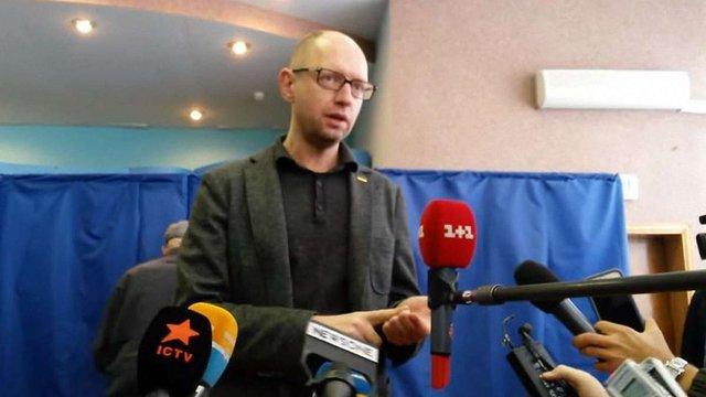 Місцеві вибори не вплинуть на склад Кабміну, - Яценюк