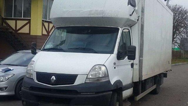 Вкрадений у Миколаївській області автомобіль знайшли на Львівщині