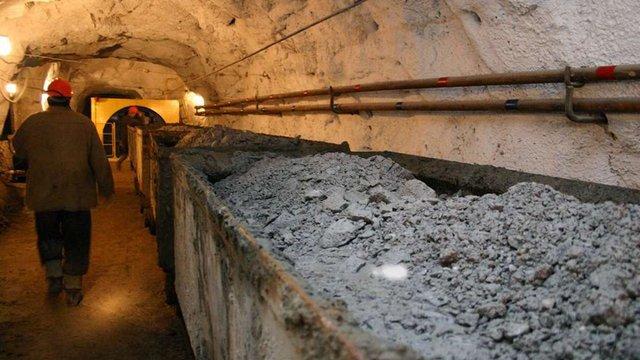 Внаслідок вибуху у шахті на Донеччині загинув рятувальник